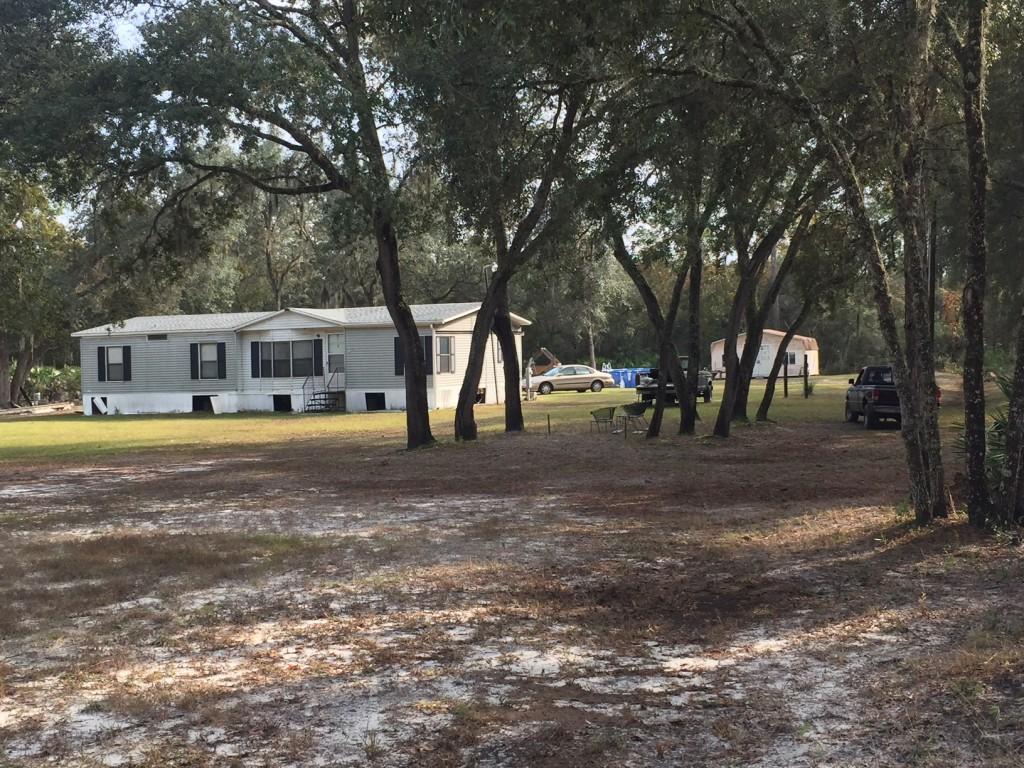2-5-acres-florida-highlands-house
