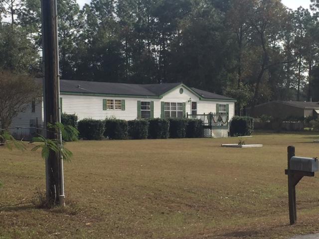 1-00-acre-in-fellowship-acres-neighbor3