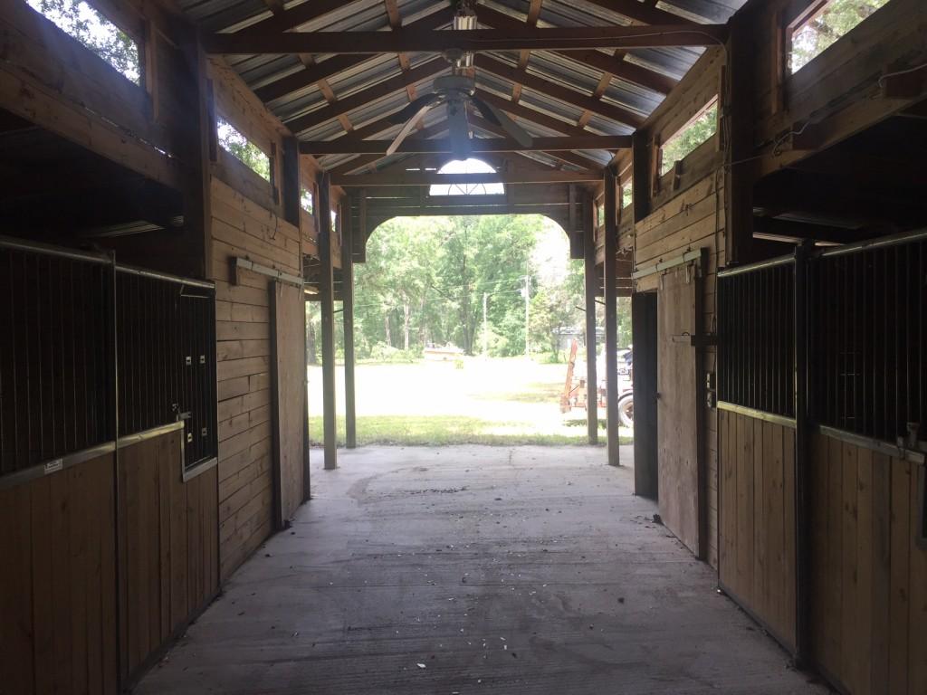 IMG_0112MIN Farm Barn